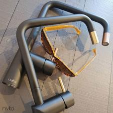 真鍮/金 キッチン蛇口 ブラック/ゴールド/ブラス - Nivito 1-RH-340-BISTRO